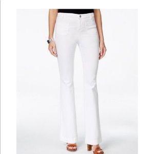 NWOT Denim &Co White Stretch Jeans 18P